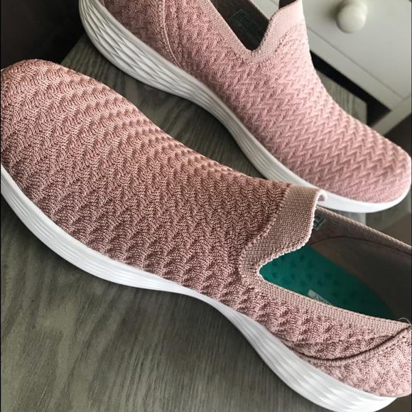 Nwt Skechers You Define Devotion Shoes